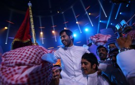 Emirati Arabi e il reality della poesia: vince al-Rajeh Hamidani